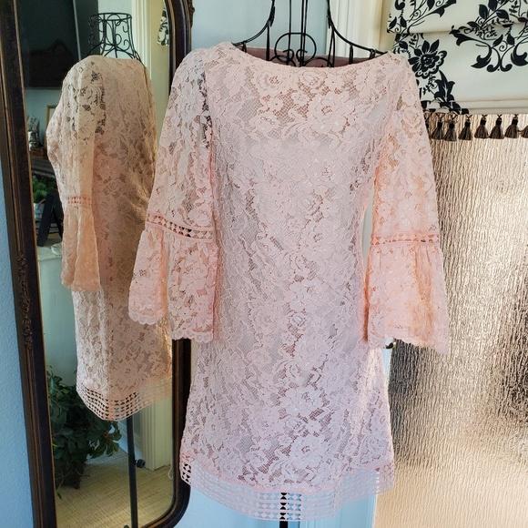 Eliza J Dresses & Skirts - Eliza J lace dress
